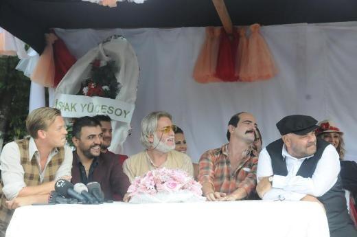 Düğün Dernek film seti
