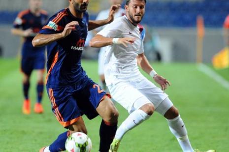 Trabzonspor, İstanbul Başakşehir ile 1-1 berabere kaldı