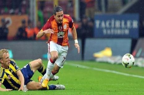 Sneijder Feneri yaktı