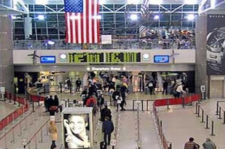 Hava yolcusu sayısı 10 ayda 145 milyona ulaştı