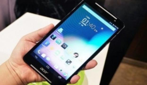 Acerdan telefon görüşmesi yapabileceğini bir tablet: Iconia Talk S