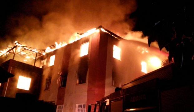 Adanada öğrenci yurdunda çıkan yangın söndürüldü