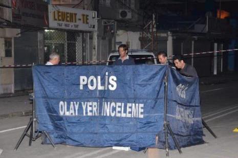 Adanada yol ortasında cinayet