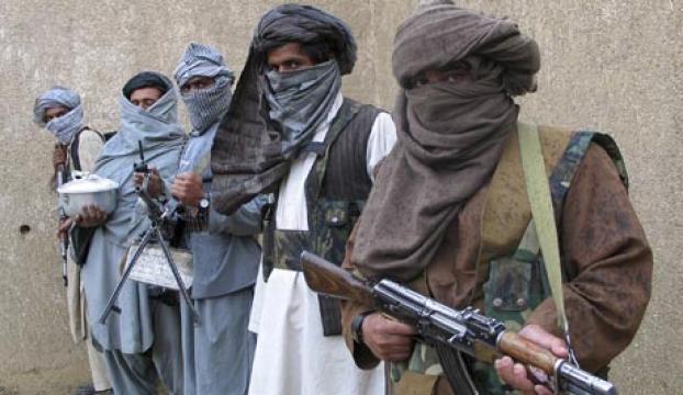 Afganistanda 19 Taliban militanı öldü