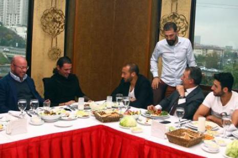 Beşiktaş'ta yönetimden futbolculara moral yemeği