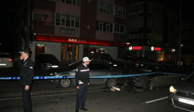 Bıçaklı saldırgan sokaklarda dehşet saçtı