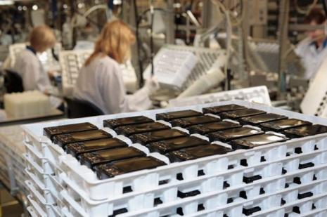 Cep telefonu imalatımız artıyor
