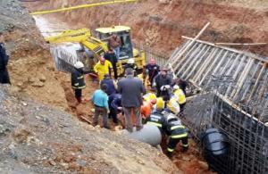 Kahramanmaraş'ta drenaj inşaatında göçük