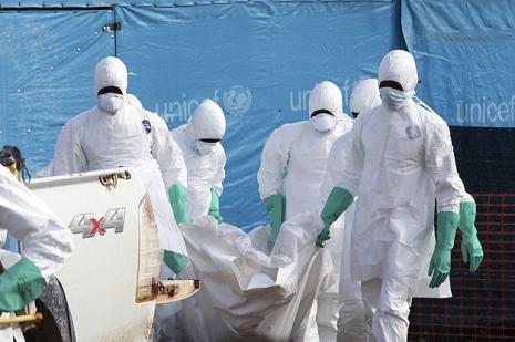 İspanya, ebola hastası ikinci misyonerini Madrid'e getiriyor