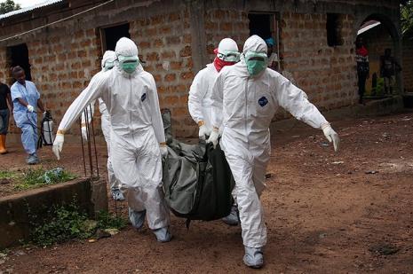 Batı Afrika'da Ebola hızla yayılıyor