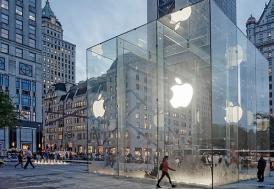 iPhone 6 siparişleri rekor kırdı