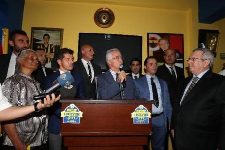 Fenerbahçe Kıbrısa çıkarma yaptı