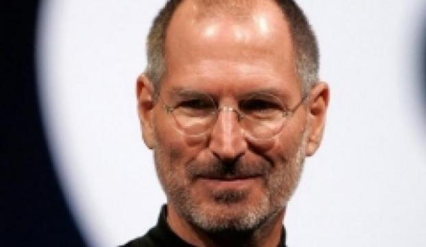 Hangi Oscarlı oyuncu Steve Jobs rolünü mail ile istedi?