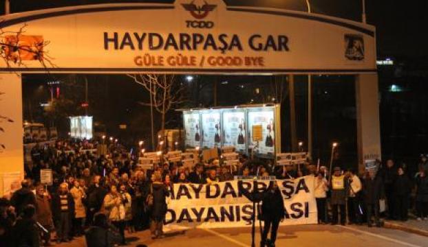 Haydarpaşa Garının özelleştirilmesi protesto edildi