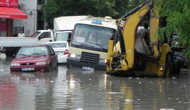 Barajda taşkın riski okul kapattırdı