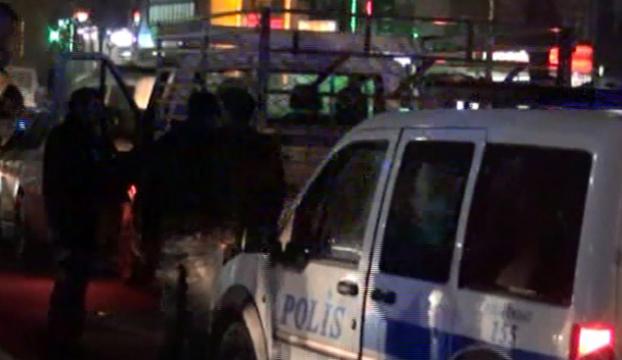 Sevgilisiyle polisten kaçarken kaza yaptı