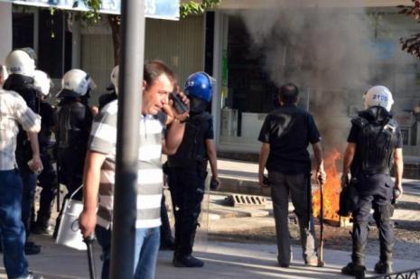 Adanada Kobani gösterileri devam ediyor