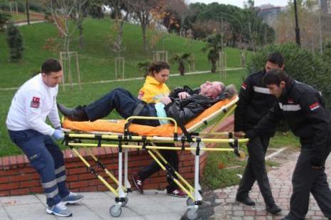 Parkta yabancı uyruklu bir kişi darp edildi
