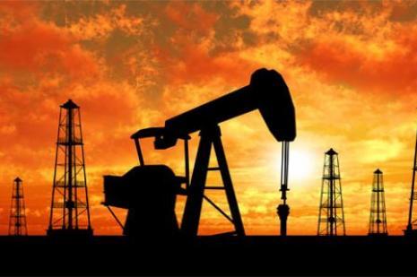 Petrol fiyatları neden düşüyor ?