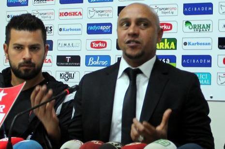 Roberto Carlos: Gol pozisyonlarına giriyoruz ama atamıyoruz
