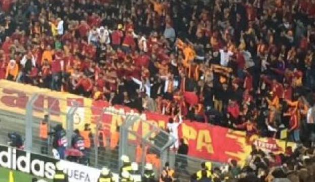 Taraftara Galatasaraylı oyunculardan uyarı!