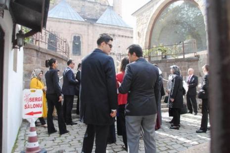 Sare Davutoğlu memleketinde