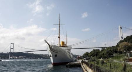 Atatürk'ün mirası Boğaz'dan geçti