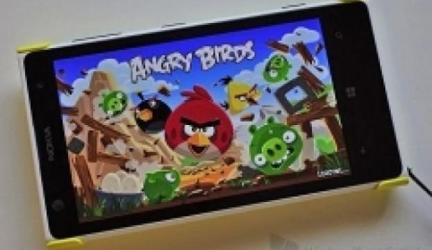 Angry Birds şimdi ücretsiz