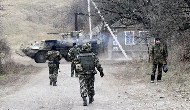 Ukraynada 3 asker öldürüldü