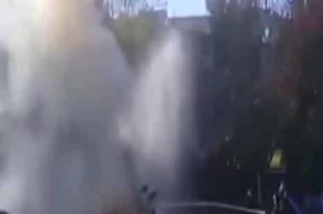 Rusya'da yanan araç böyle patladı